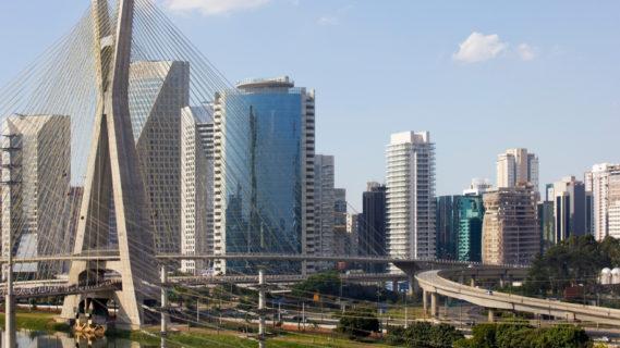 Blick auf die Kabelbrücke in Sao Paulo.